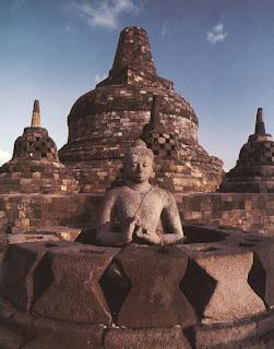 Borobudur dan Misterinya