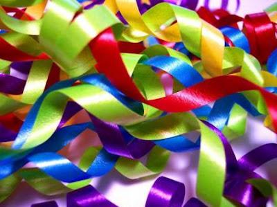 http://3.bp.blogspot.com/_hb-8AmwCjXo/SS71-BcaVlI/AAAAAAAABQY/x3ofSYaHDgo/s400/ribbons2.jpg