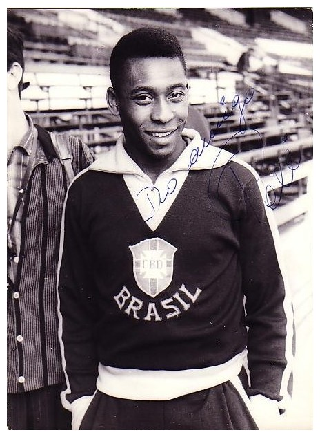 a biography of pele a former brazilian football player Brazil), best known by his nickname pelé, is a former brazilian football player  biography of pele  who has been the best football player pele or.