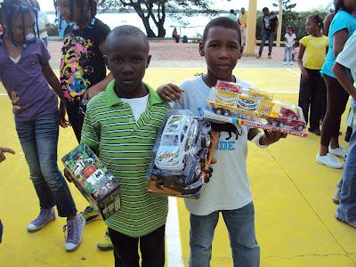 Ayuntamiento Celebra dia del Niño en SPM