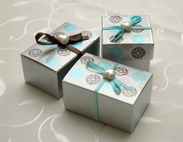 Brown and Blue DIY Wedding Favor Ideas