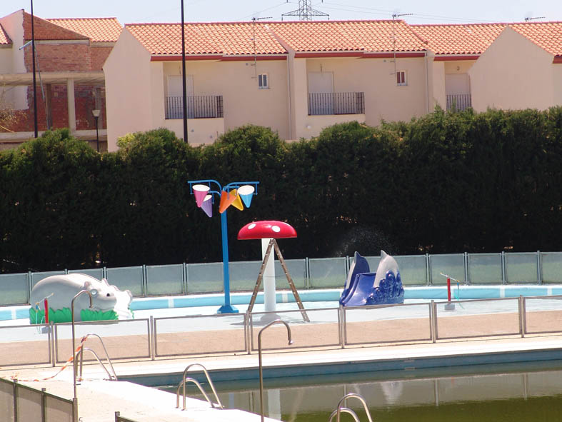 pedro abad la piscina p blica estrena este a o juegos