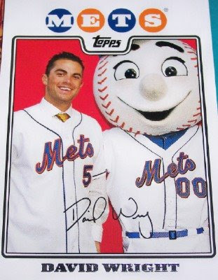 http://3.bp.blogspot.com/_hd3qdc3nWUA/SYzZfoCqQiI/AAAAAAAAKD0/f87oMg8zUR8/s400/david+wright+and+mr+met+topps.jpg