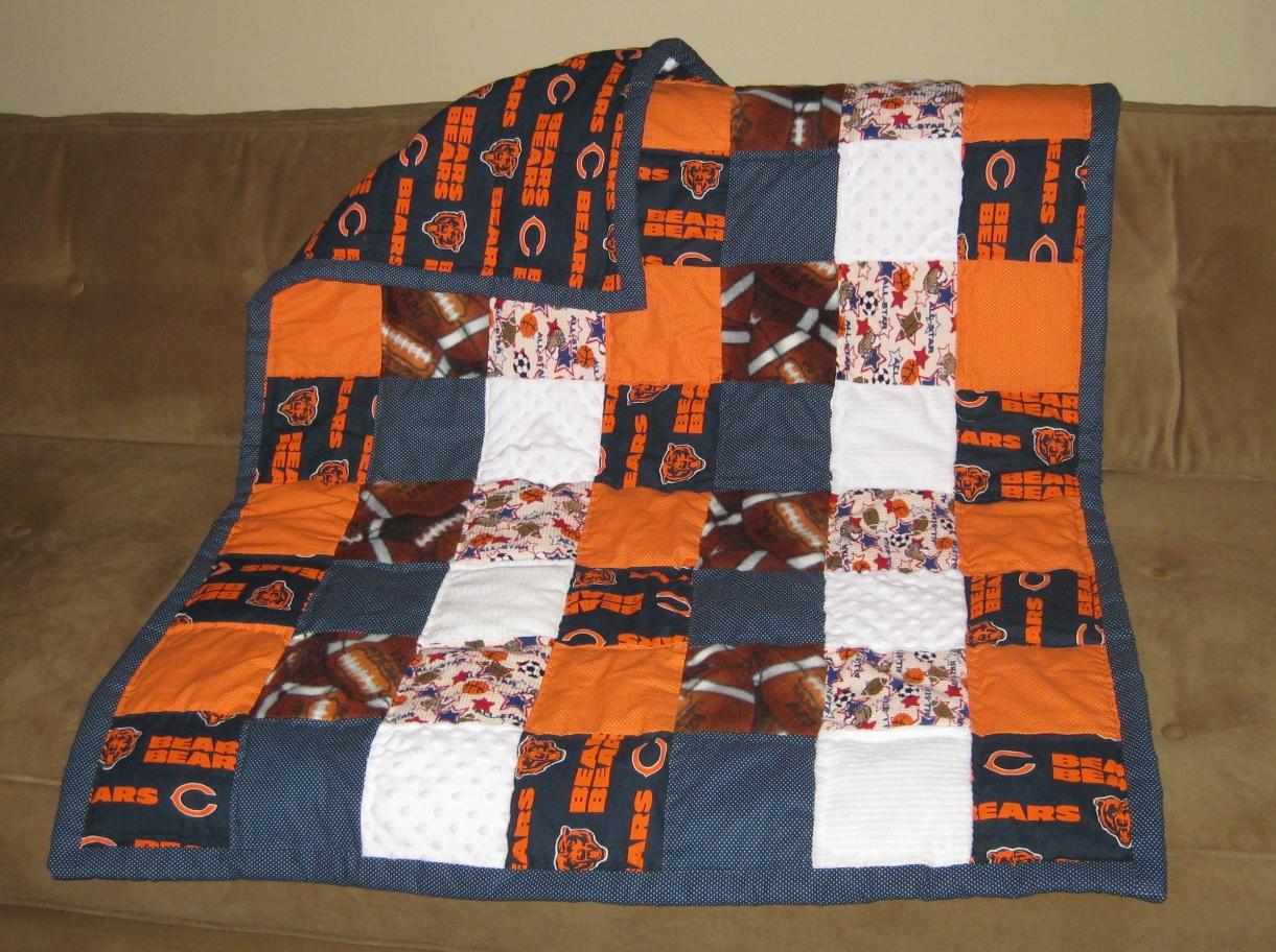 Crafters in the Sky: Chicago Bears Baby Quilt : chicago bears quilt - Adamdwight.com