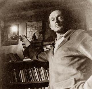 Clark Ashton Smith nella sua casa ad Auburn, 1941, foto