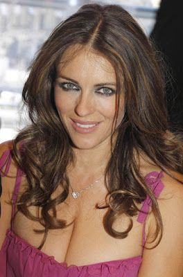 Elizabeth Hurley sexy MILF