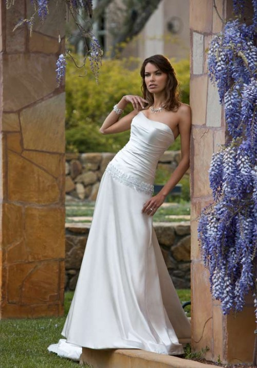 Gorgeous Bridal Dresses Presented by Essense of Australia