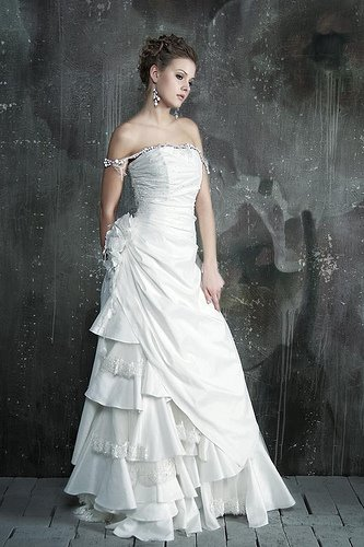 White Wedding Dresses 1001