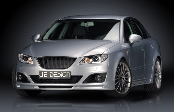 Front Angle View of 2009 Seat Exeo JE DESIGN