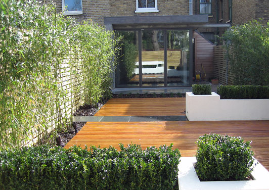Garden contemporary of 2014 contemporary garden design for Small long garden ideas