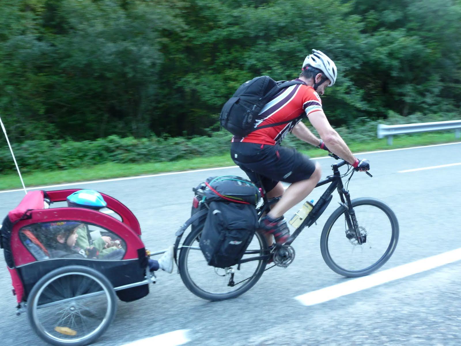 Transportar el ni o en bici