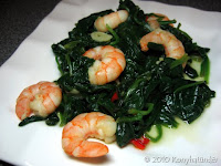 steamed spinach with prawns