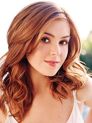Newlywed actress Isla Fisher has fueled rumors she's expecting her second ...
