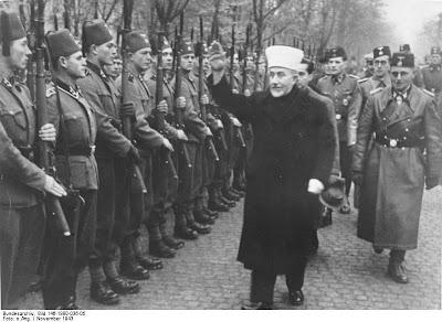 http://3.bp.blogspot.com/_hntojuBOgo0/S5l7ONu7mfI/AAAAAAAAJtY/ozFBmtjyX94/s1600-h/GrandMufti-and-Bosnian-Muslim-Nazi-Troops.jpg