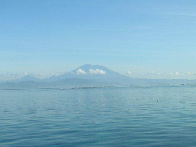 Agung Mountain from Jungutbatu beach