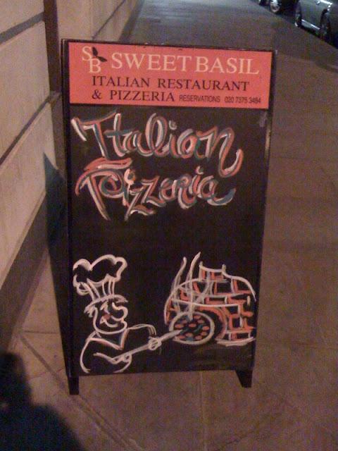 Sweet+Basil+review+London+Spitalfields+Italian+restaurant+pizza+pasta