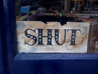 shop+shut+sign