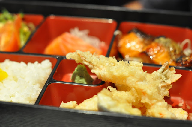 Sushi+Ga+Ga+review+Lisle+Street+prawn+tempura+and+grilled+salmon+bento