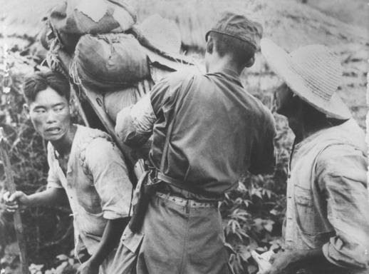 vietnam war essay questions Free example essay and sample research paper on the vietnam war you can easily order custom essays, term papers and research papers about vietnam war from advancedwriterscom.