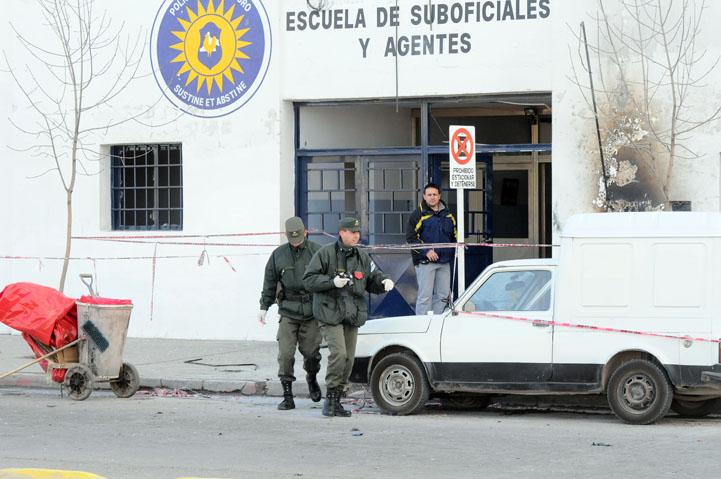 ESCUELA POLICIAL DE RIO NEGRO
