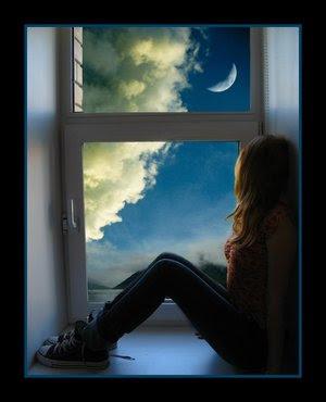 Zaljubljena djevojčica na prozoru ljubavne slike besplatne sličice download