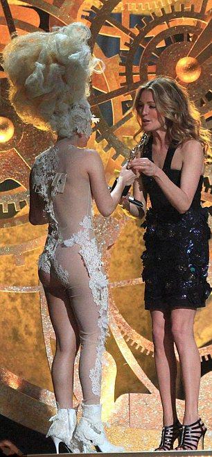 Lady Gaga Brit Awards 2010 photos