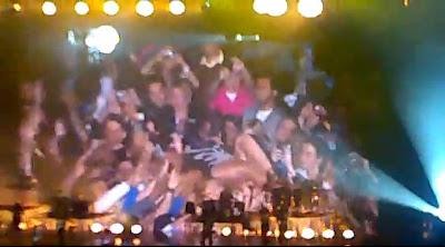 Beyoncé Jump public