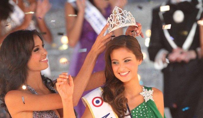 Miss France 2010 Malika Menard 2