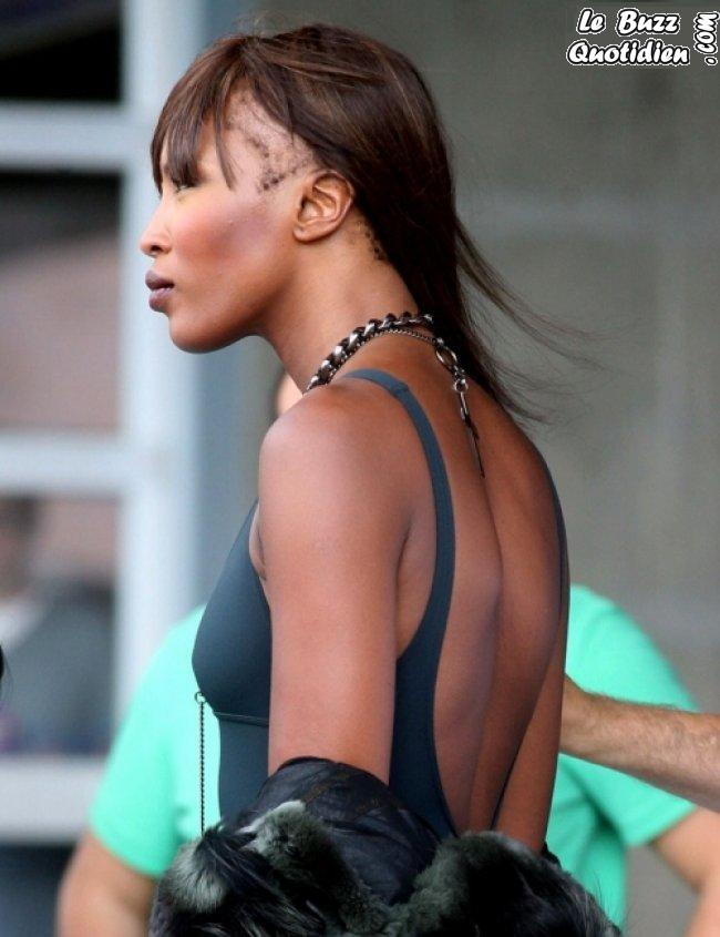 Naomi Campbell perd ses cheveux photos