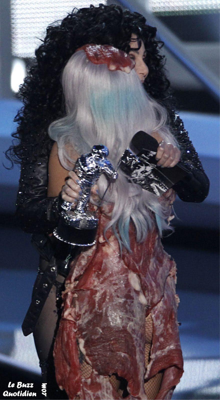 VMA Lady Gaga dress meat Robe viande