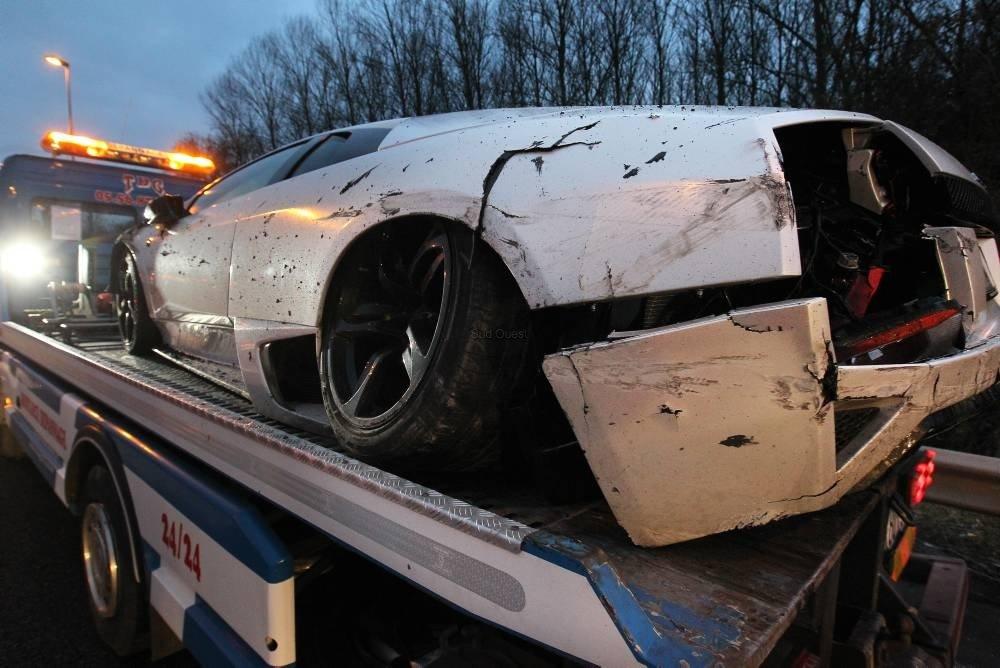 Valbuena Lamborghini photos crash