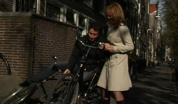 Gérald Ariano chute vélo bougez vert