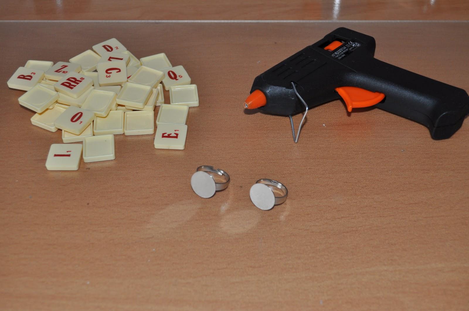 I love la dolce vita diy fashion anillo scrabble - Velas letras scrabble ...