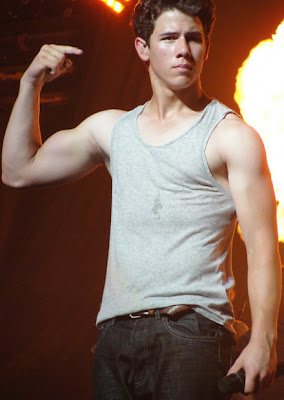 Nick Jonas looking hot on stage
