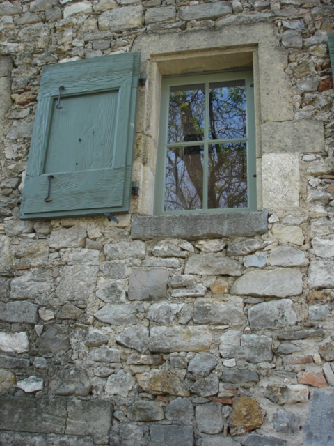 Restauration d 39 encadrements en pierre 2 batiris for Encadrement pierre pour fenetre