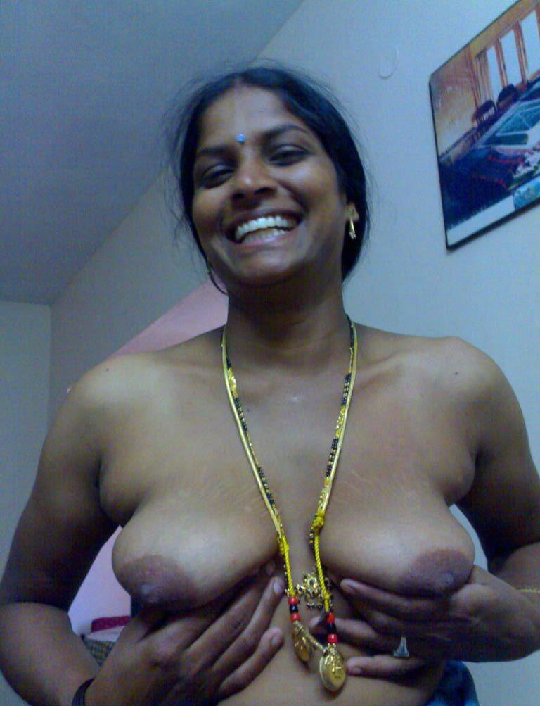 tamil nude real house wife