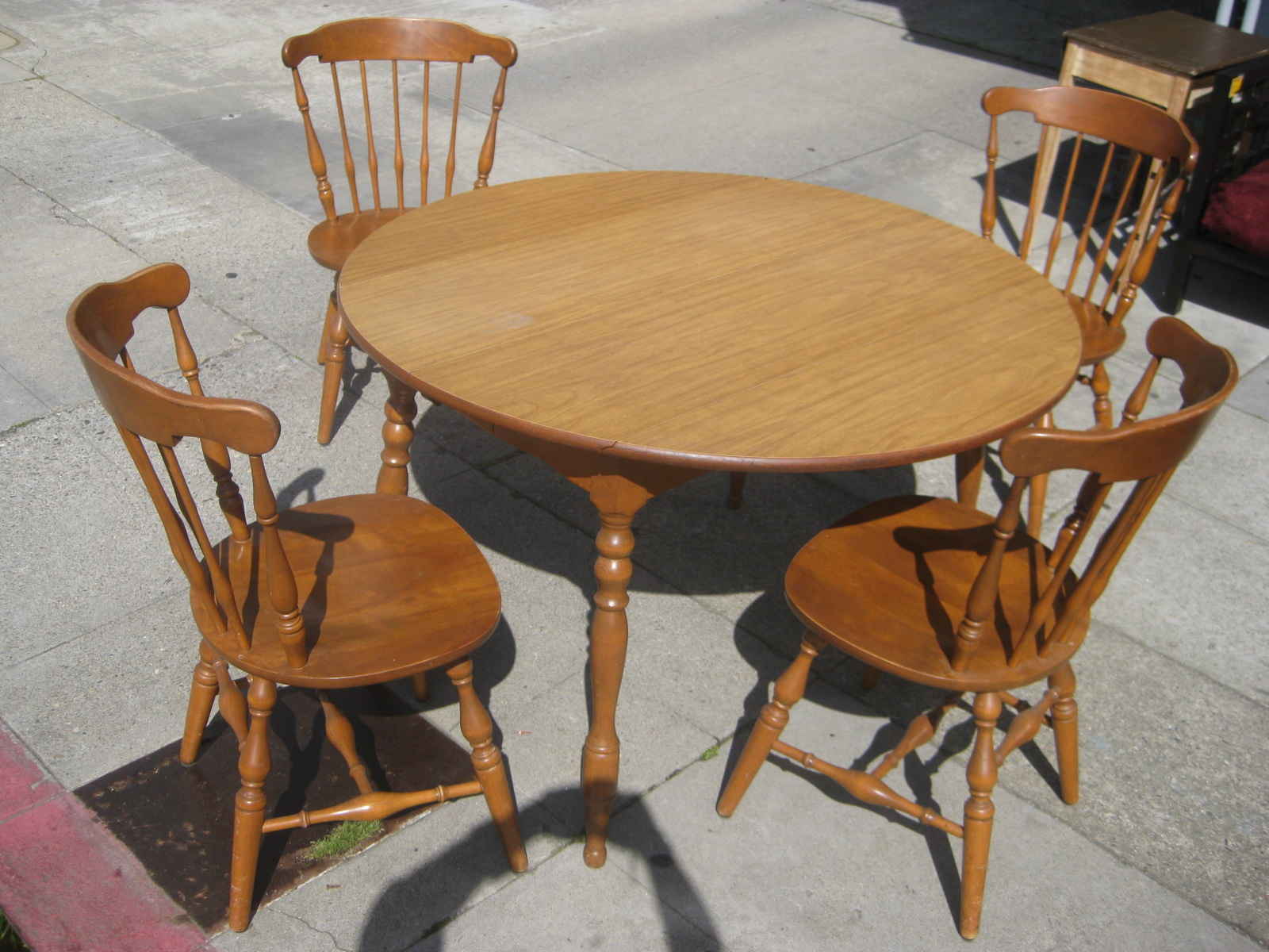 Uhuru furniture collectibles sold kitchen table 2 for Kitchen chairs