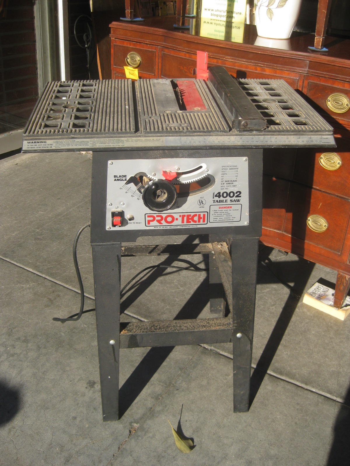 Uhuru furniture collectibles sold pro tech 4002 table saw 60 Pro tech table saw