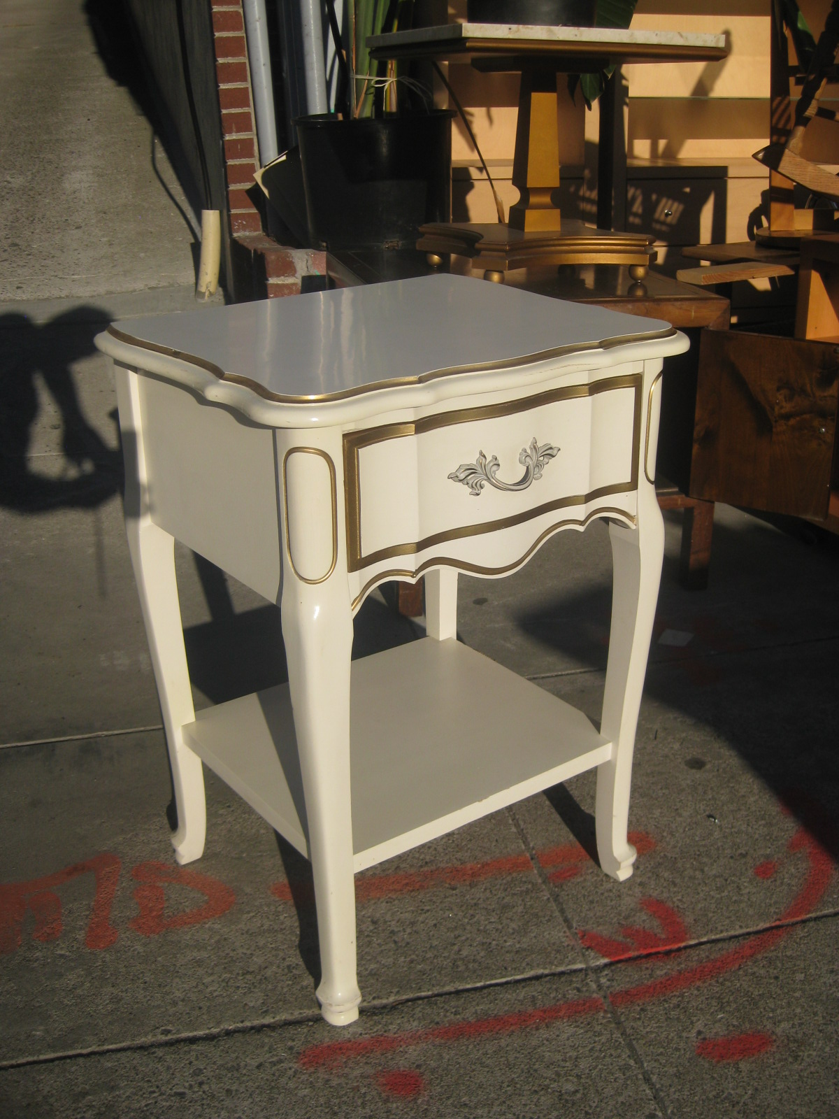 UHURU FURNITURE & COLLECTIBLES SOLD French Provincial Bedroom Set $150