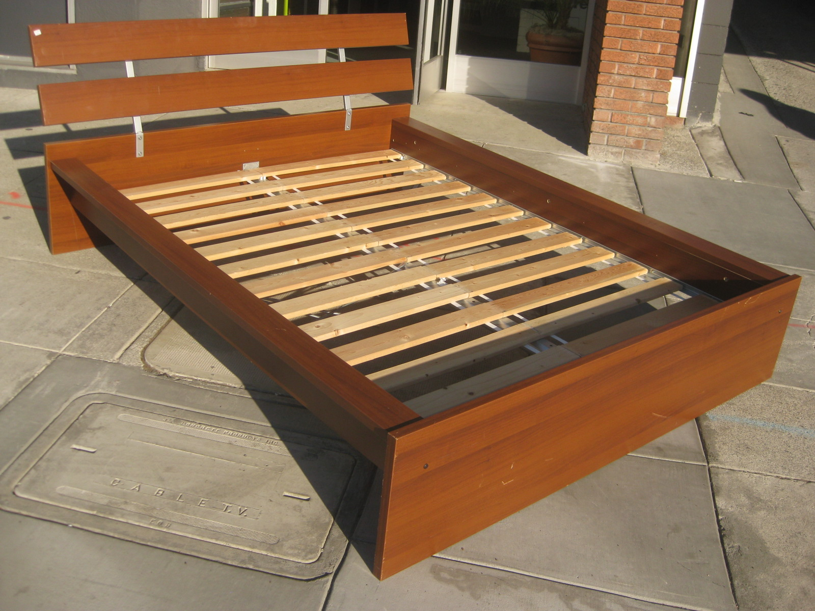 UHURU FURNITURE & COLLECTIBLES: SOLD - Queen Platform Bed - $125
