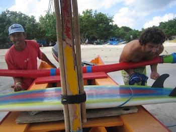 לפעמיים צריך גם לדחוף את הסירה למים
