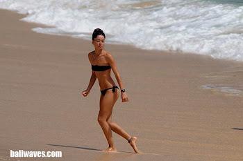 לגולשים שמחפשים נשים יפות-חוף באלנגן