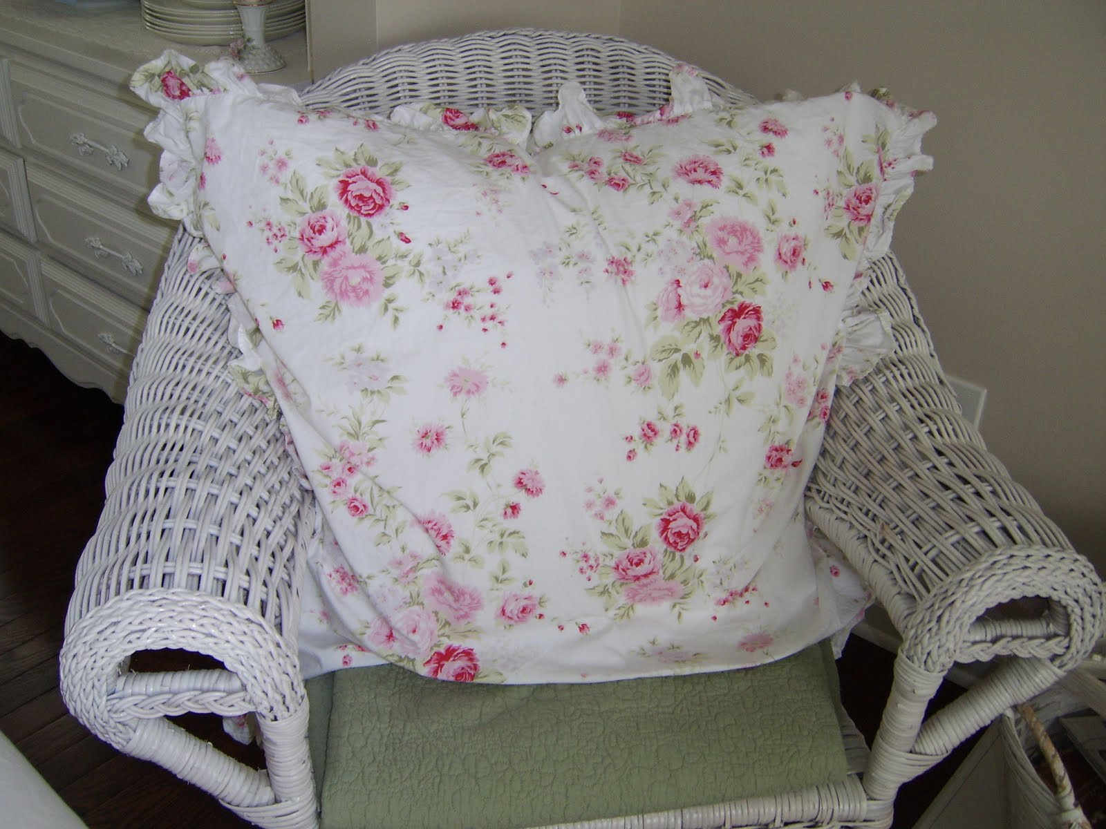 Shabby Chic Bed Pillows : Anything Shabby Chic: My Authentic Shabby Chic pillows