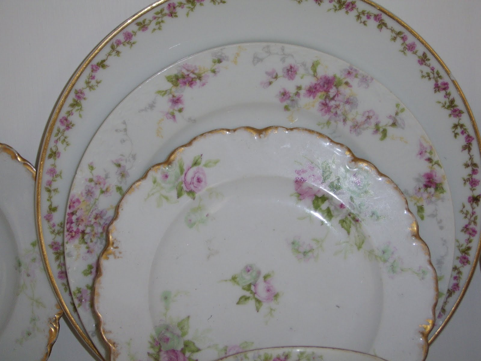 Anything shabby chic rose plates for Cuisine rose