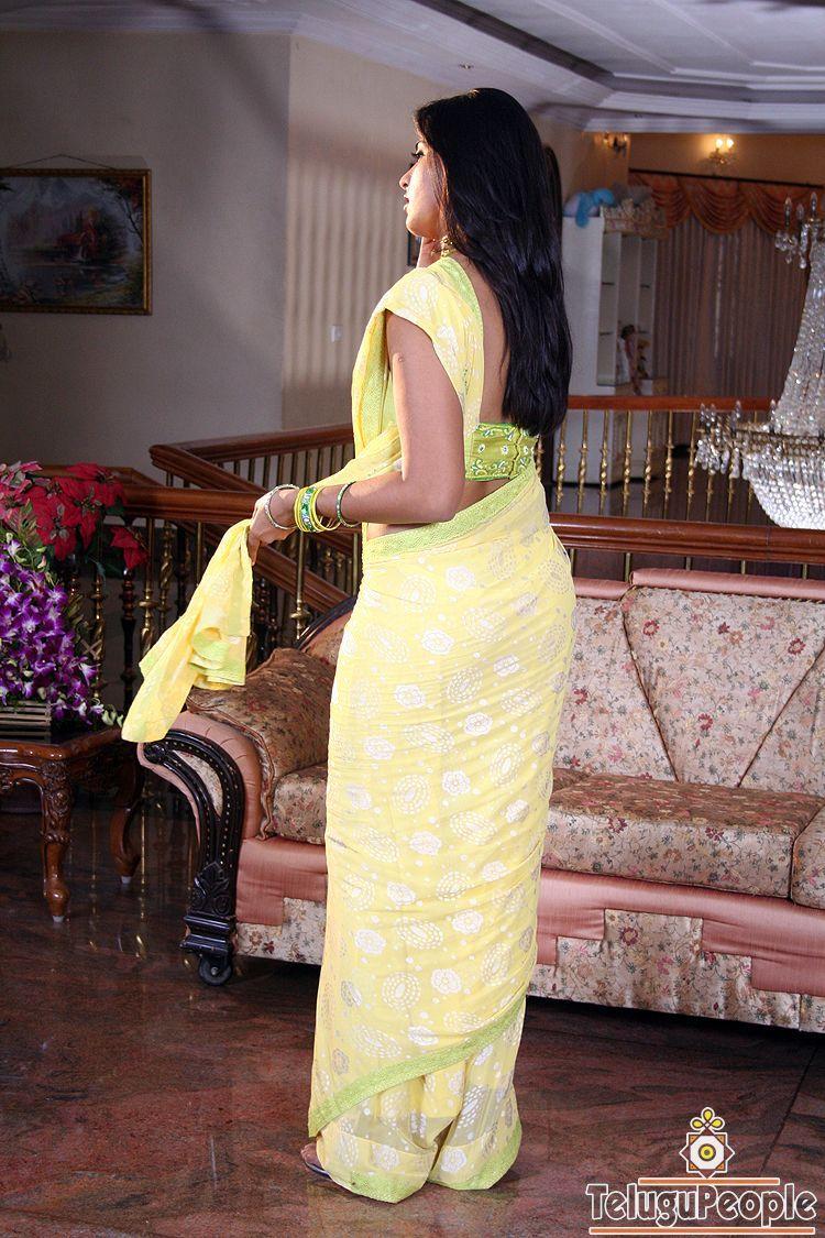 Aunty Saree Back