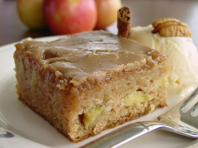 Recipe For Fresh Apple Cake With Caramel Icing