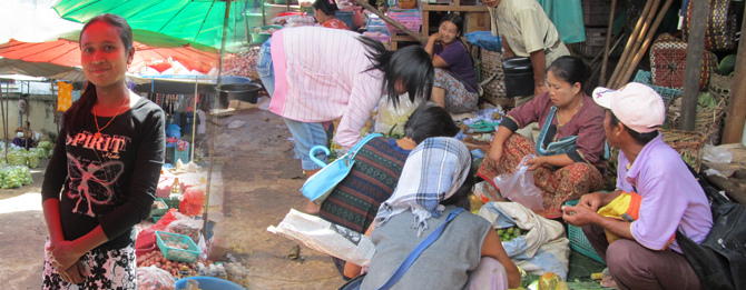The local Burmese fresh market