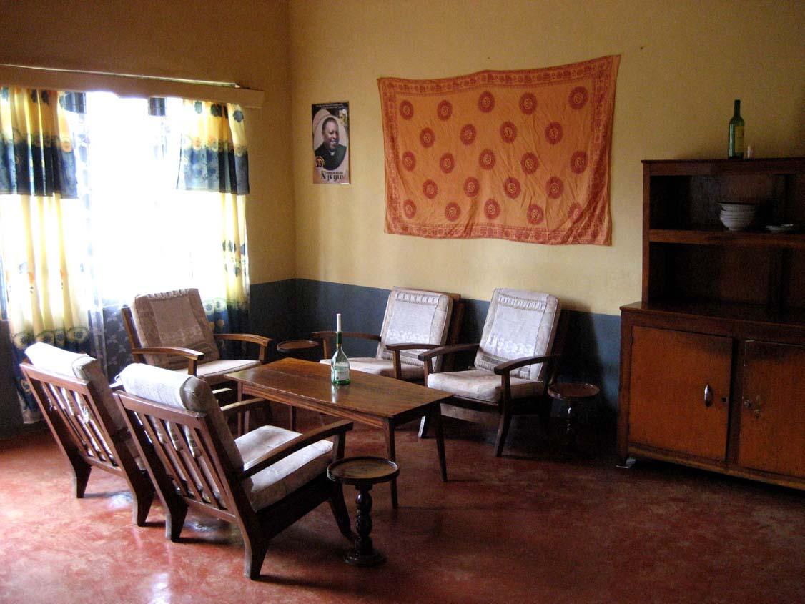Ein Jahr in Kamerun: Unser Haus und Besuch in Kitwum