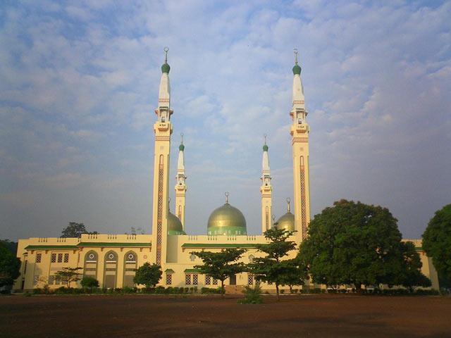masjid conrky, guinea frika barat