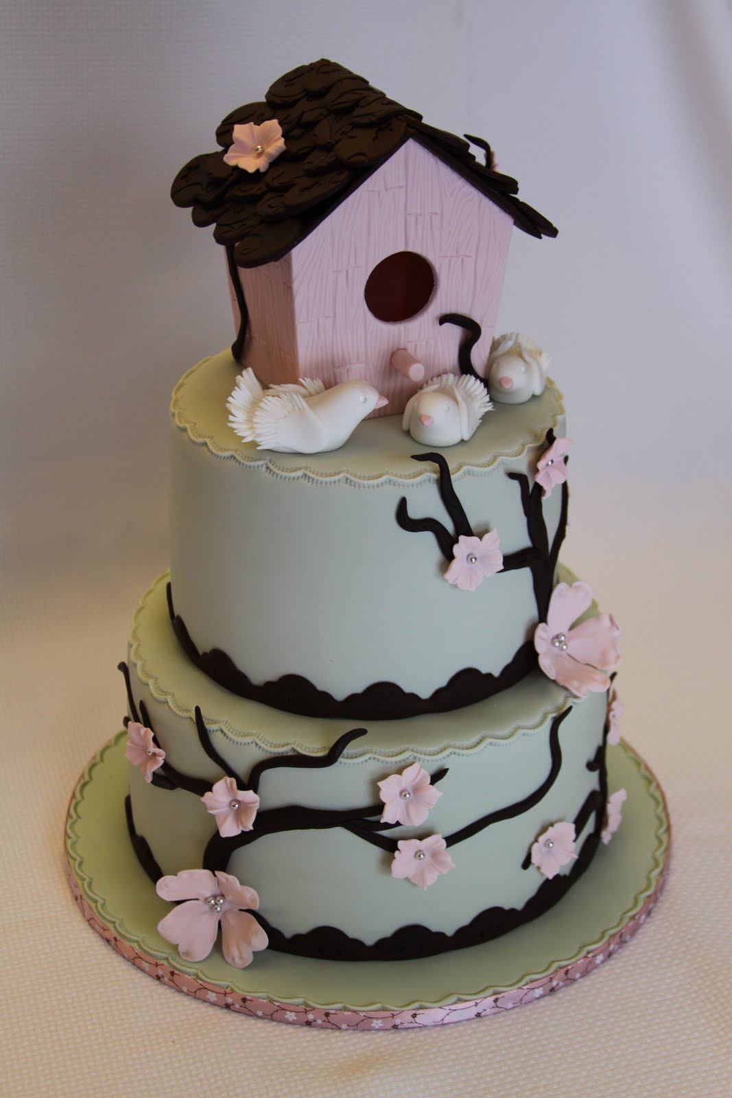Cake Designs For Housewarming : .: Birdhouse Housewarming Cake